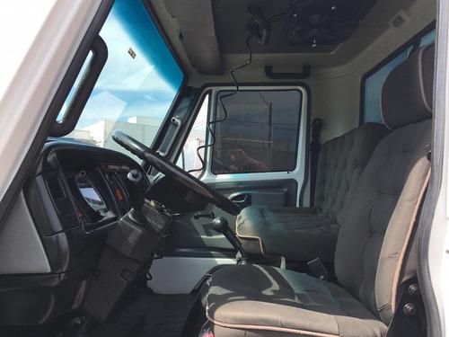 caminhão  agrale  ano  2007 com baú de 5.50 m