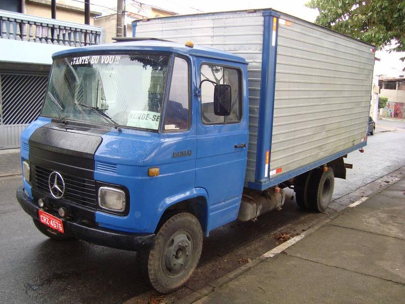 caminhão bau, mercedes bens 608 d,caminhão carroceria