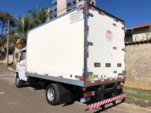caminhão bau refrigerado mb 710 ano 2004 super novo