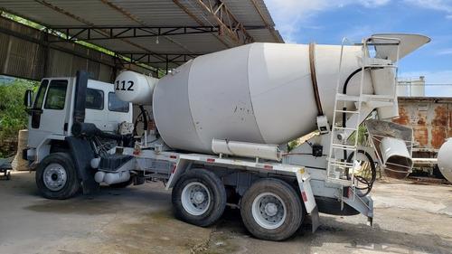 caminhão betoneira 7 m³
