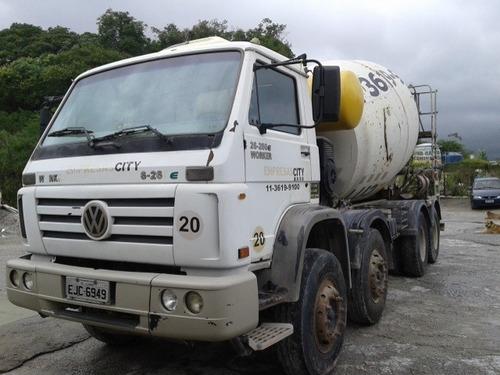 caminhão betoneira volkswagen 26.260   conf. 8x4  ano2009