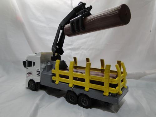 caminhão brinquedo volkswagem guincho tora madeira munck