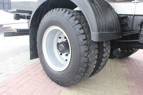 caminhão cargo 1317