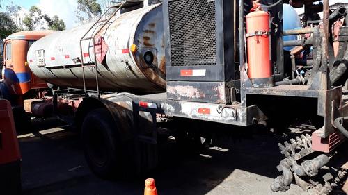 caminhão espargidor mercedes-benz l-1313 ano: 1985