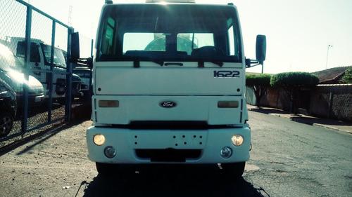 caminhão ford cargo 1622  2001/batatais caminhões