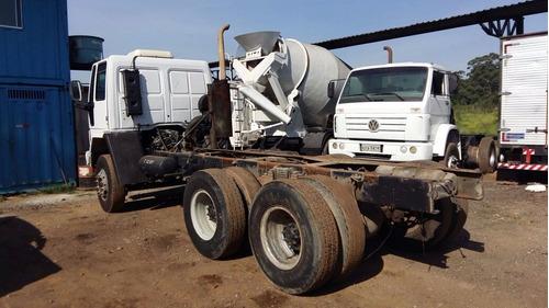 caminhão ford cargo 2628, ano 2011 em ótimo estado