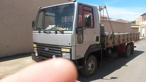 caminhão ford cargo 814,
