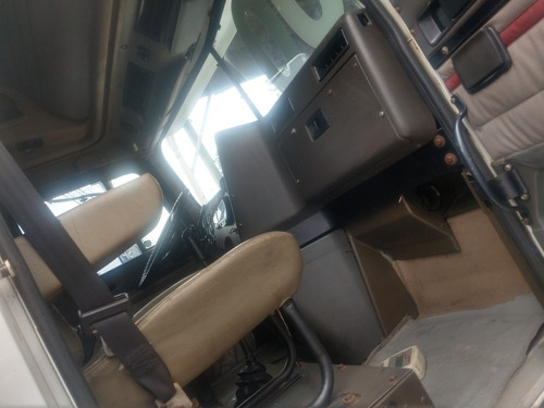 caminhão internacional 9200 ano 2000 = 9800