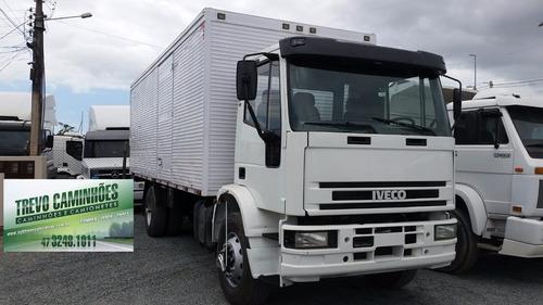 caminhão iveco eurocargo 170e21 no baú - 4x2