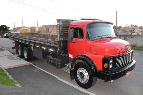 caminhão mb 1313 truck carroceria de 8,10 mts motor novo.