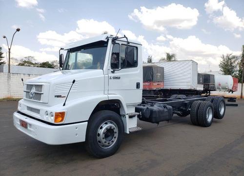 caminhão mb 1620 2008 6x2 no chassis de santi caminhão