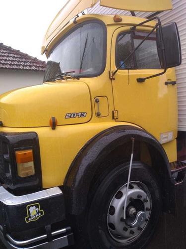 caminhão mb 2013 1979/batatais caminhões