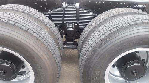caminhão mb 3340 6x4 plataforma,motor novo ótimo estado...10