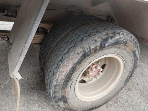 caminhão mb 608 bau