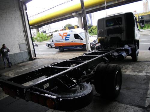 caminhão mb 915 c ano 2004 chassi