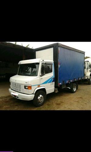 caminhão mb mercedes benz 710 baú ano 2000