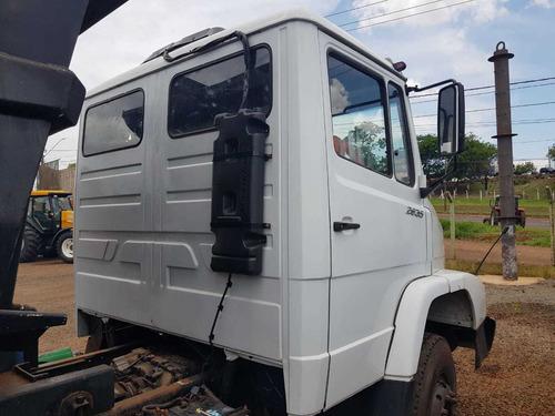 caminhão mercedes benz 2635