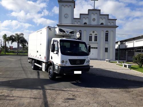 caminhão mercedes-benz accelo 1016