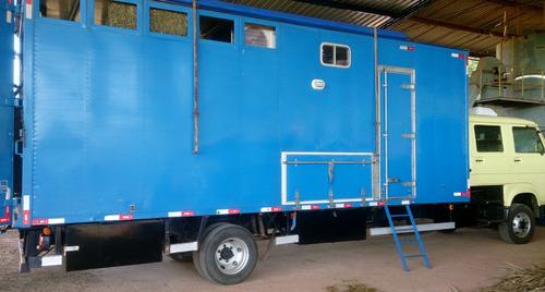 caminhão motor home para 3 cavalos