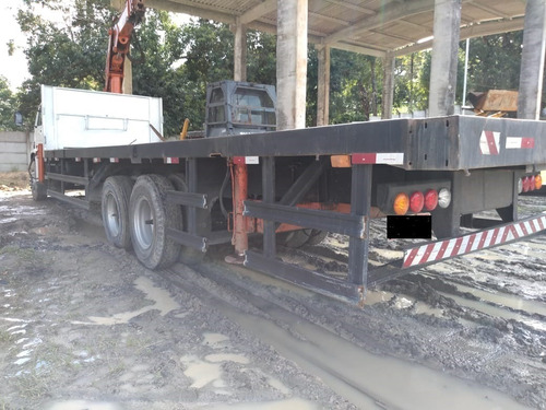 caminhão plataforma com munck 2005