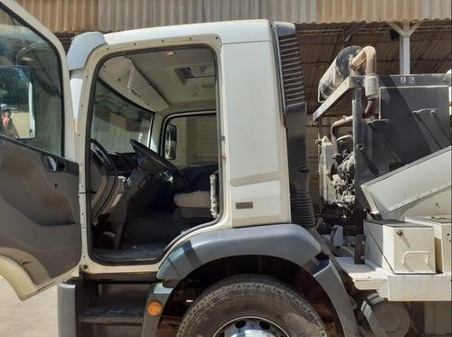 caminhão sugador de pó volkswagen 15-190 ano 2015