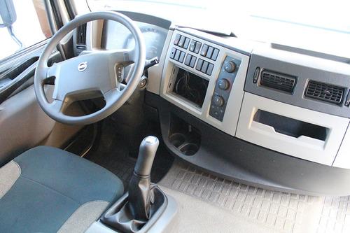 caminhão vm 270 2014 bi-truck 8x2 sider 8,6m cab. leito