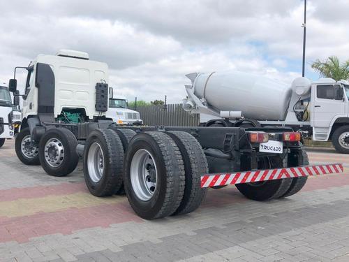 caminhão vm 310 8x4 2011 chassi = vm 330 vw 31330 30330