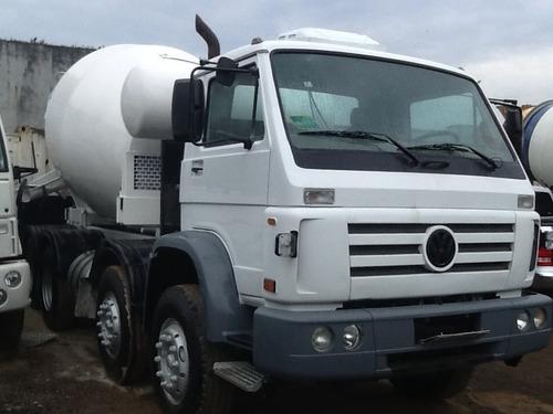 caminhão volkswagen  betoneira de concreto usada 4* eixos