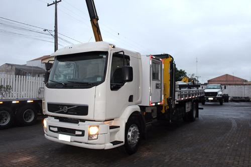 caminhão volvo 270 ano 2012/2012 único dono com munck 16.000