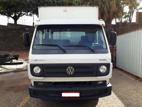 caminhão vw 10.160 2013/2014 com baú