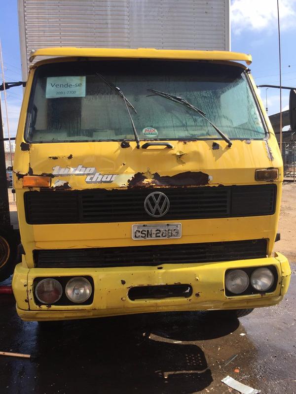 caminhão vw 13130  truck baú 11m ano 1986