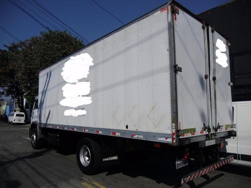 caminhão  vw 15180 / 2006 toco baú