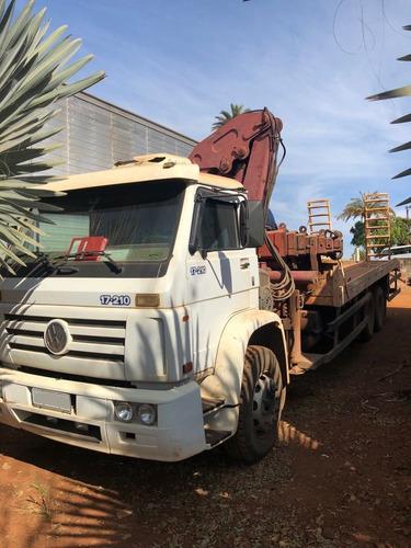 caminhão vw 17210 6x2 c/ prancha fixa + munck f17 ano 2000