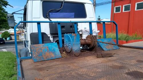 caminhão vw 17210 c/ prancha hidráulica e redutor ano 2001