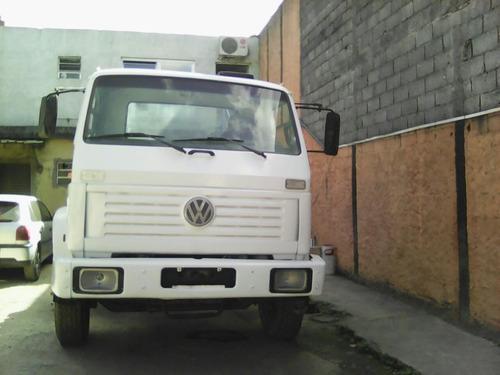 caminhão vw 24220 no chassi ou com plataforma prancha