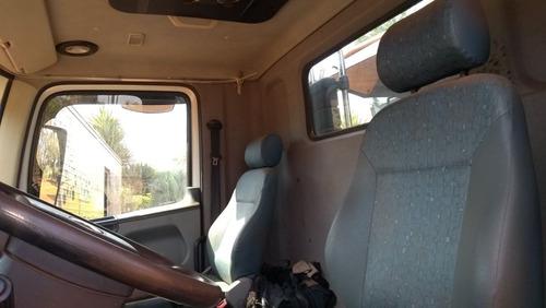 caminhão vw 26260 6x4 c/ basc. 12 mts³ 125.000 km ano 2012