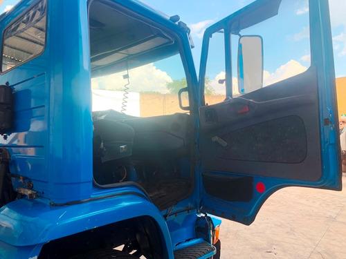 caminhões para retirada de peças !!!