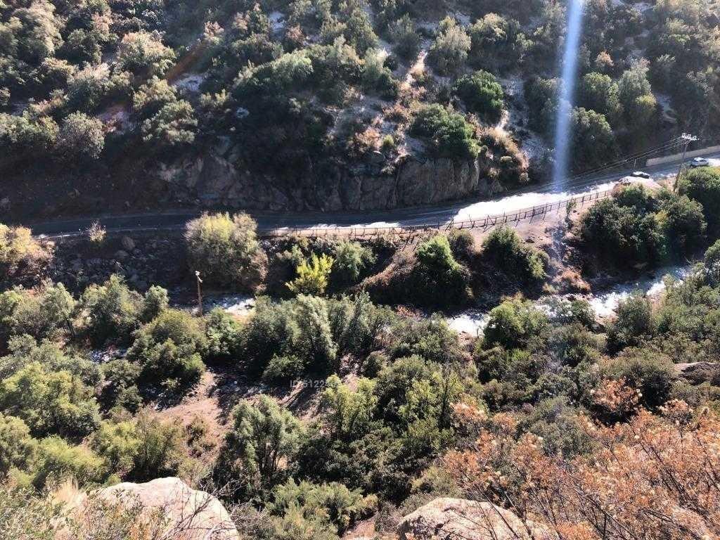 camino farallones km 14 y 1 / 2 orilla de rio