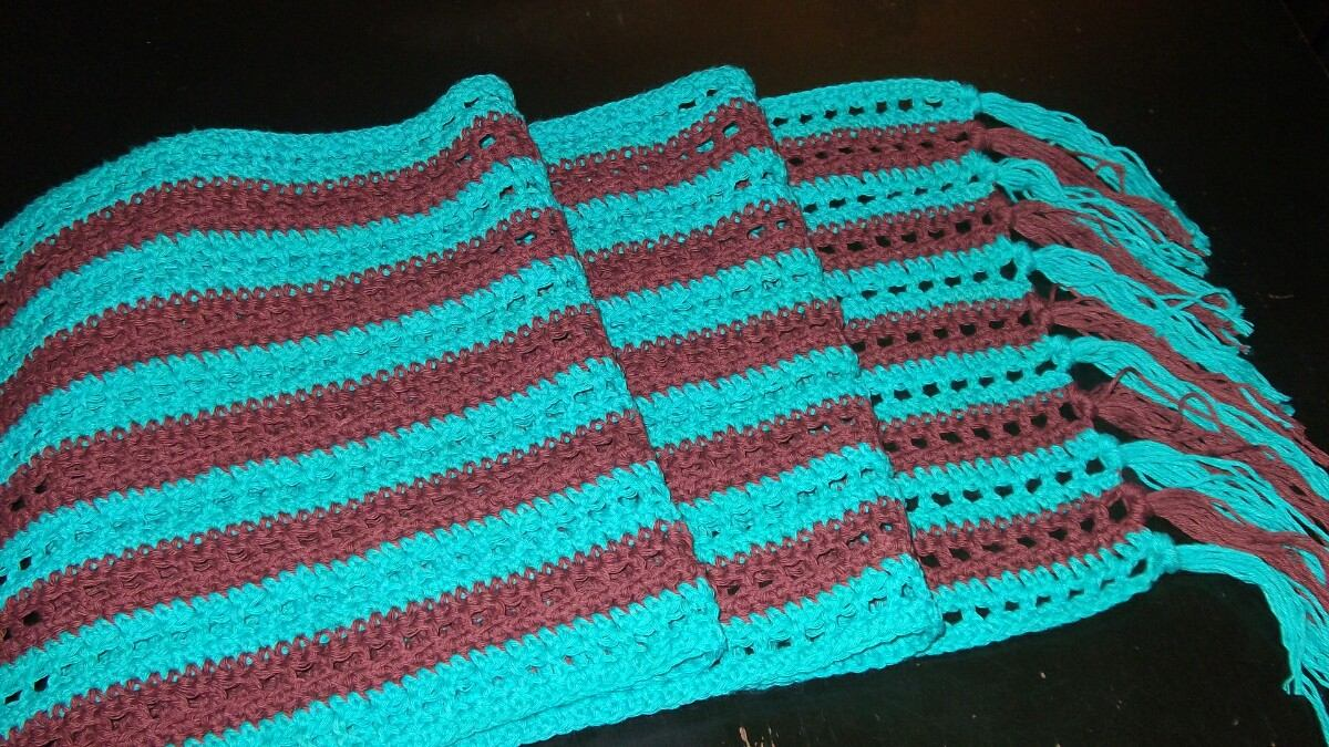 Caminos De Mesa Tejidos A Crochet - $ 500,00 en Mercado Libre