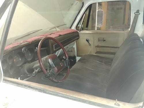 camion 350 chevrolet año 84