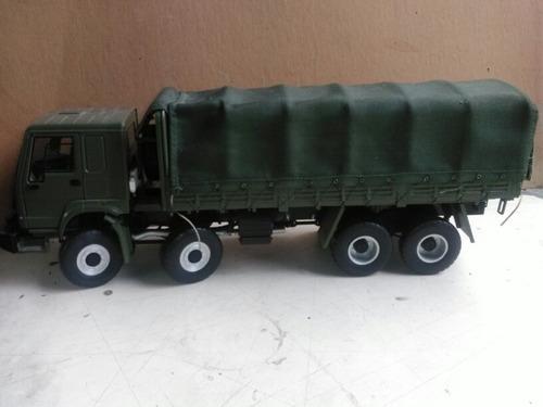 camión a escala de colección