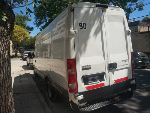 camión camioneta iveco daily dual único dueño furgon grande