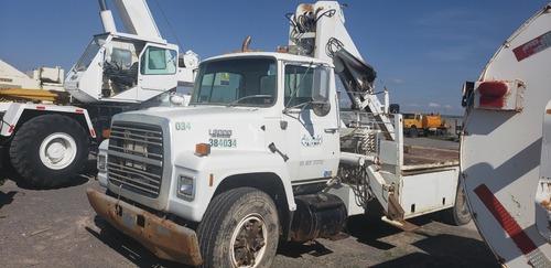 camión c/grua 10 ton ford 89 disel standar.