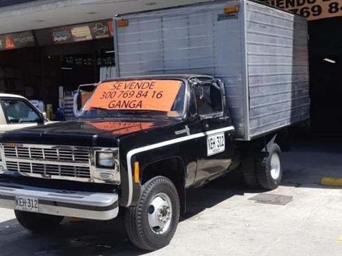 camión chevrolet c30 furgon