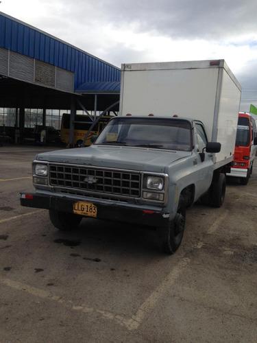 camión chevrolet c30 mod. 82 precio negociable