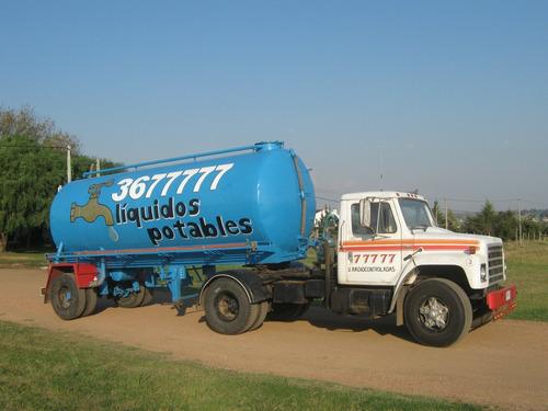 camion cisterna agua potable