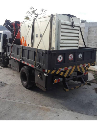 camión con brazo pitman y dyna