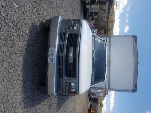 camión con caja seca chevrolet 3500 2003 aceptó cambió