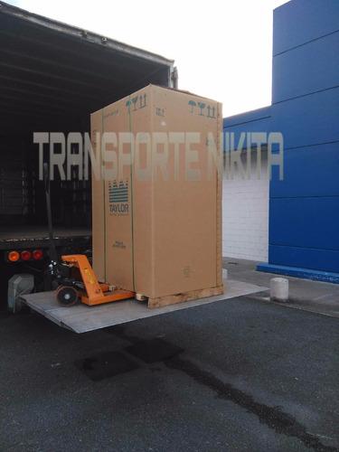 camion con  pala hidraulica plataforma  fletes y mudanza