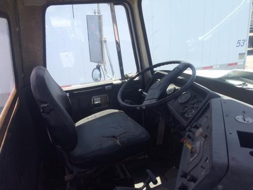 camion con plataforma volvo white mod. 1985